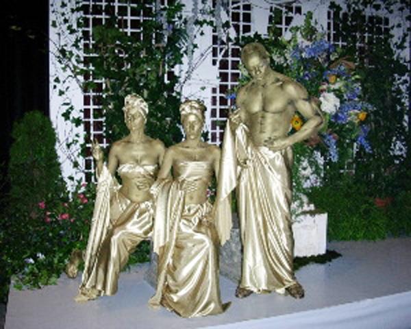 Gold Garden Statues 600 1