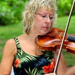 Aloha Strings-Hawaiian Band-Angela-Daly-Violin-600